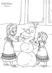 Холодное сердце - раскраска Принцессы лепят снеговика