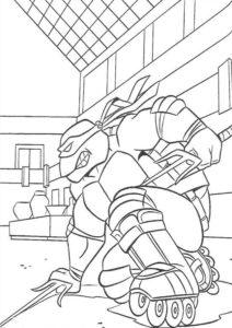Разукрашка Рафаэль на роликовых коньках из мультика про Черепашек-ниндзя