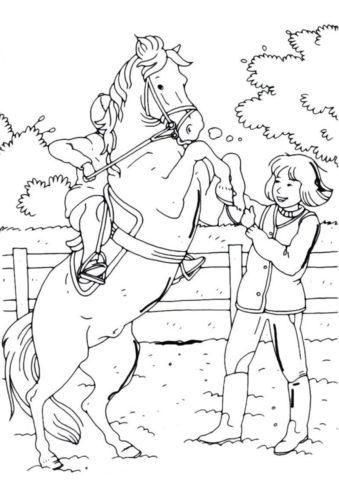 Дети играют с лошадкой раскраска распечатать и скачать - Лошади и пони