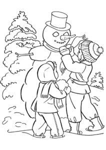 Бесплатная раскраска Дети лепят снеговика распечатать на А4 и скачать - Зима