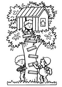 Раскраска Строитель проверяет домик на дереве распечатать на А4 - Лето